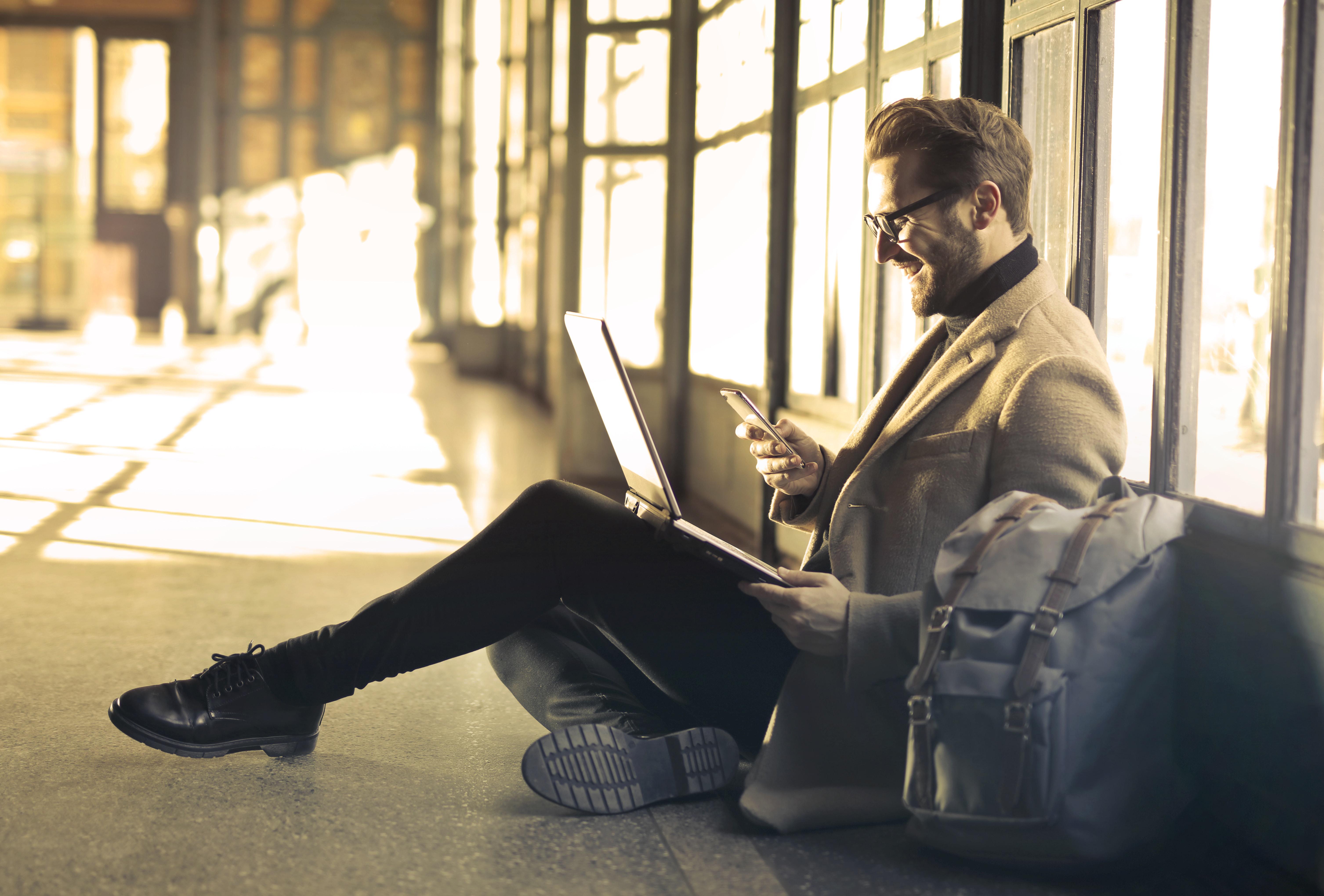 ¡Hágalo usted mismo!: Autoservicio de RRHH para empleados en plataformas digitales